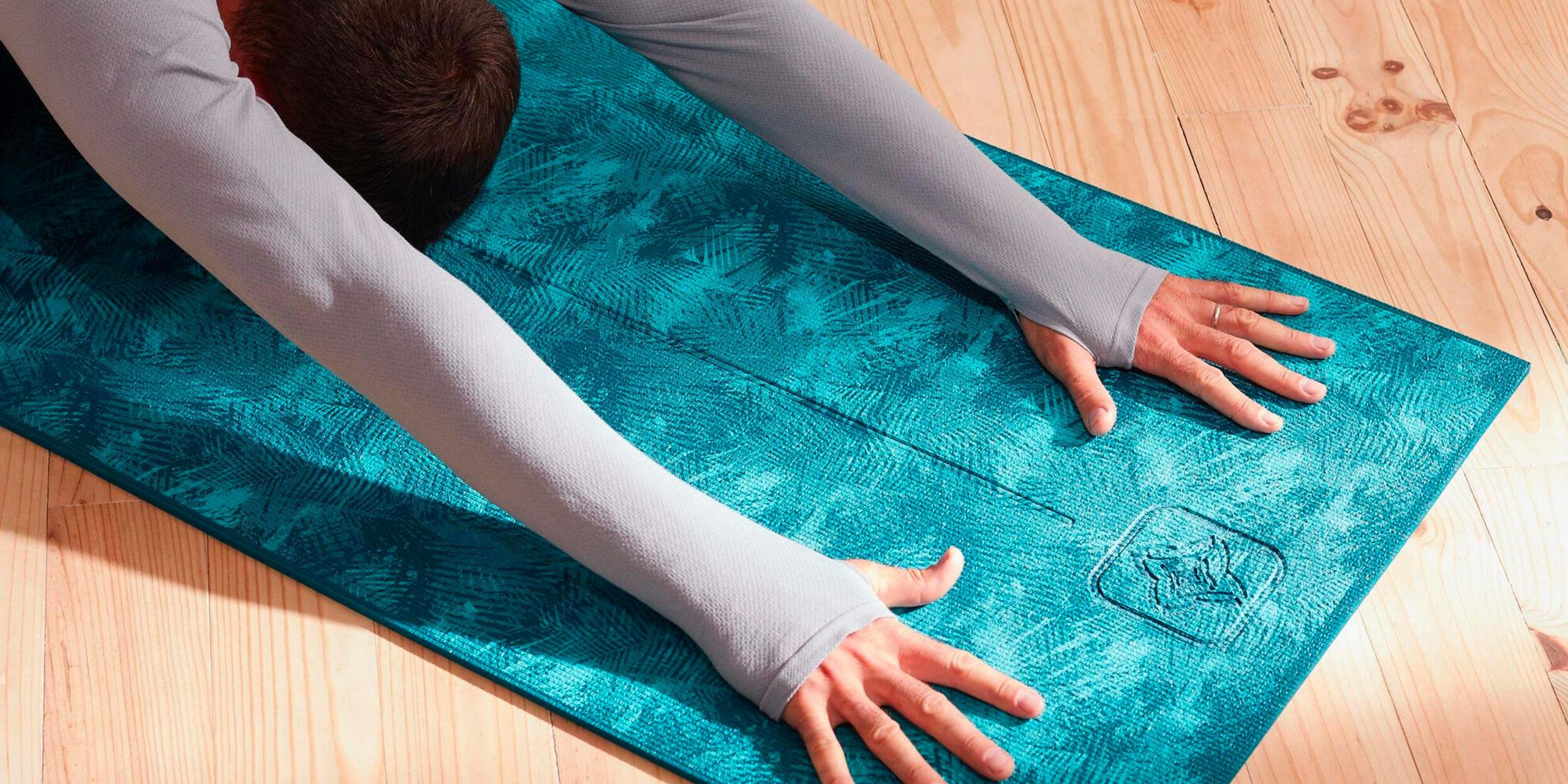 An ideal destination to pick an exclusive array of branded mats